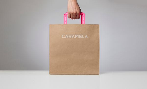 Caramela / shopping bags