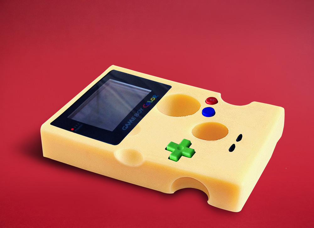 Photographie d'Eda Durust : un gameboy gruyère
