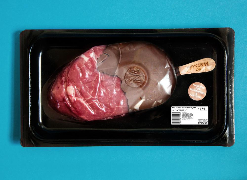 Photographie d'Eda Durust : un magnum de viande